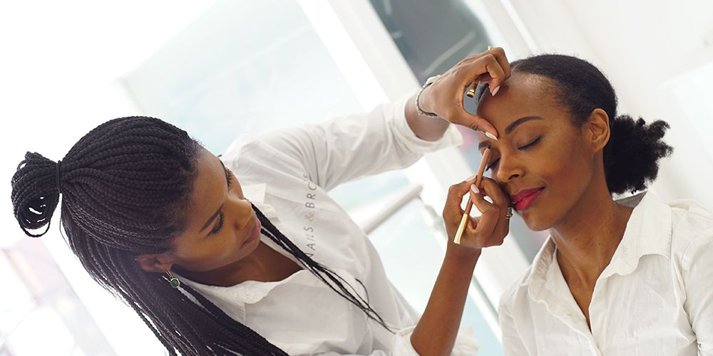 Eyebrow Waxing and Shaping Course